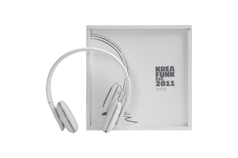 aHEAD, white edition, BT headset,